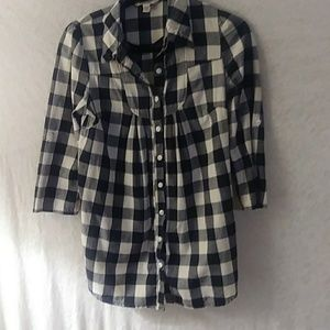 Women's decree button-down blouse, shirt ,small.